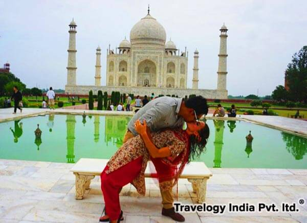 1 Days Same Day Taj Mahal Tour by Road