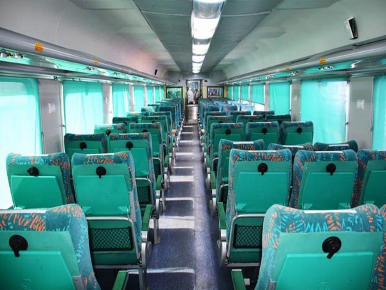 Gatimaan Express Delhi to Agra