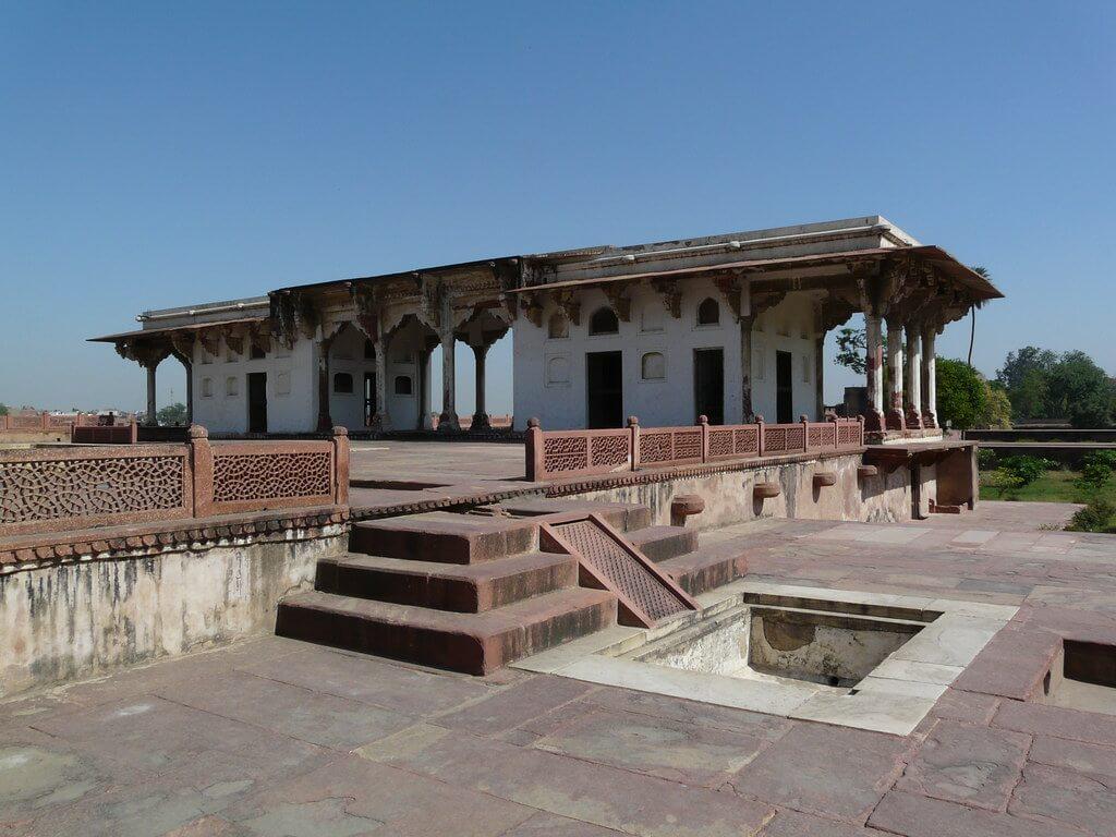 Mughal Structure in Ram Bagh