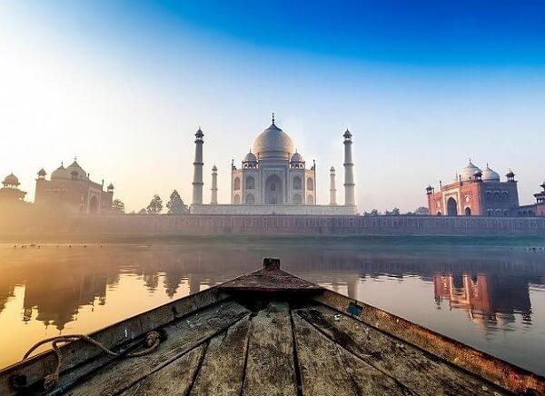 Taj Mahal Boating