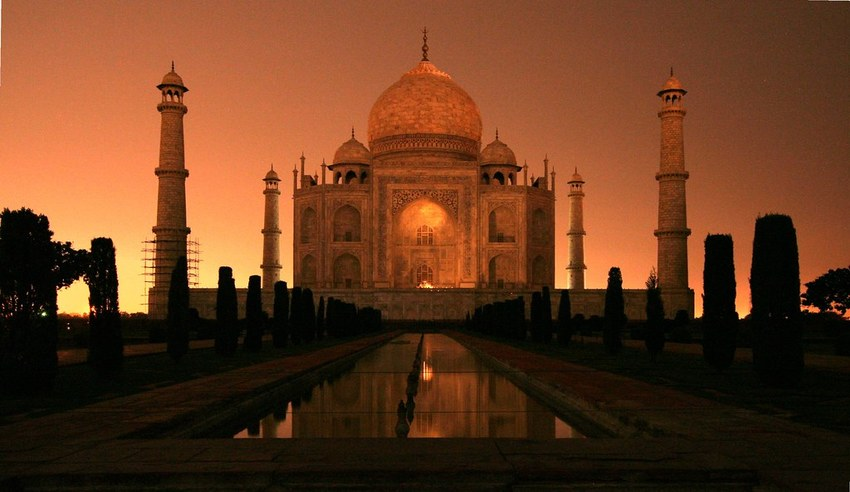 Taj Mahal Sunrise winter