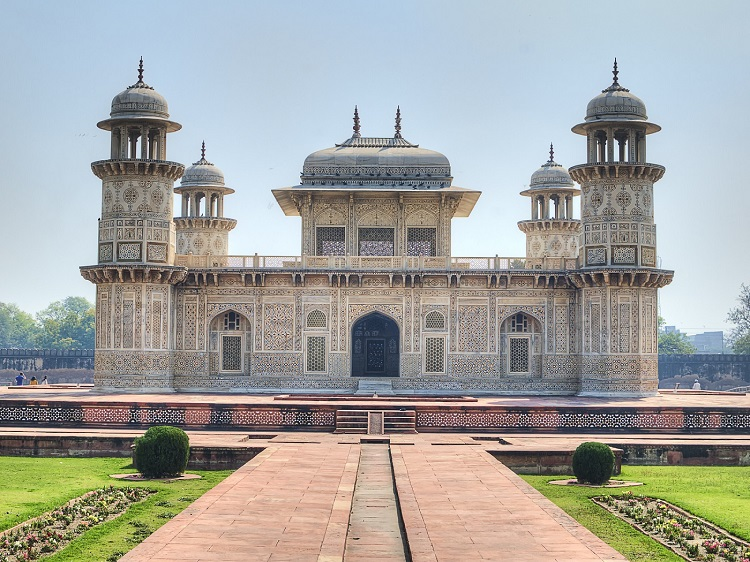 Image result for itmad ud daulah agra