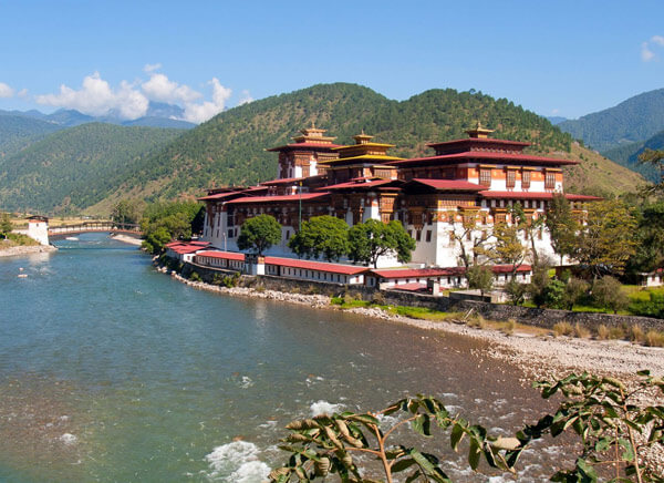 8 Days Bhutan - The Himalayan Splendor