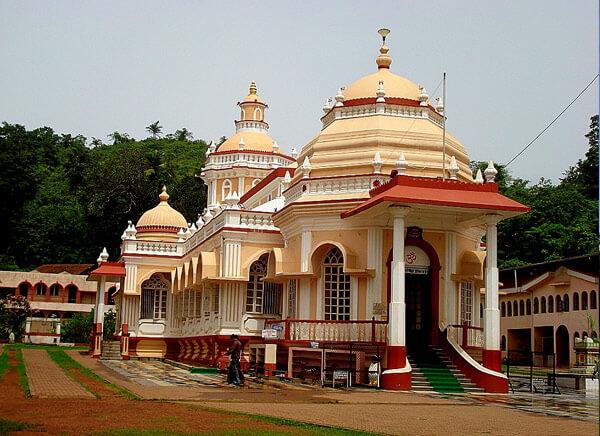 Shri Mangeshi Mandir