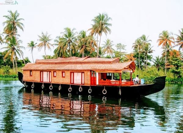 Alleppey backwater Kerala