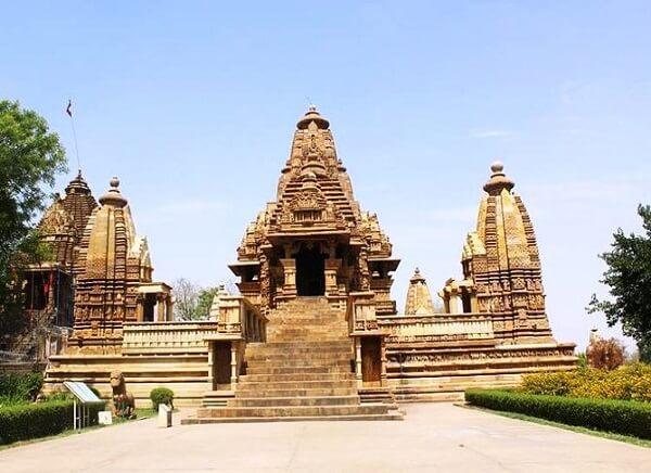 Lakshamana Temple Khjuraho