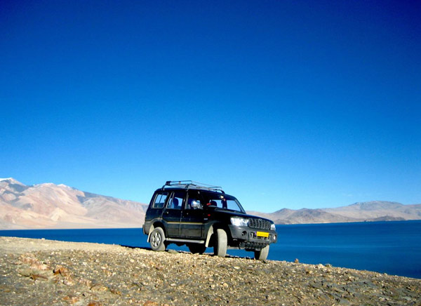 Tso Moriri Lake Jeep Safari