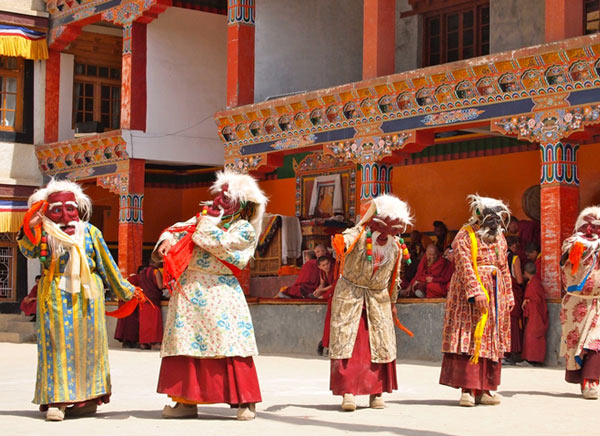 leh ladak tour packages