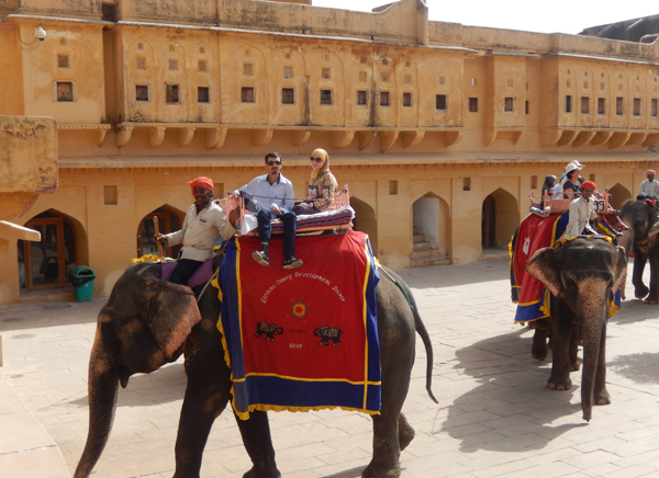 14 Days Rajasthan Varanasi Tour
