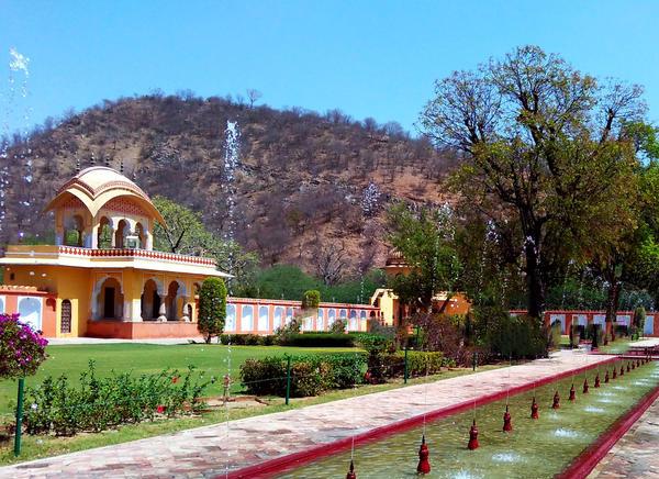 Vidhyadhar Garden