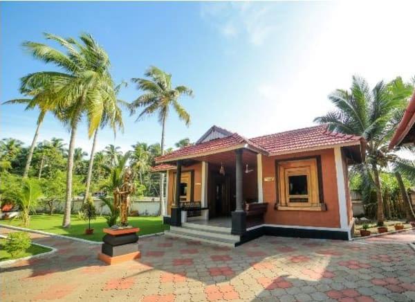 Sree Chithra Ayur Home, Thrissur