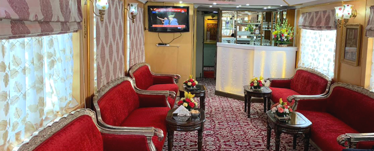 Palace on Wheels Dining Hall