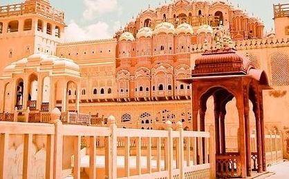 Jantar Mantar, Jaipur by Maharajas Express