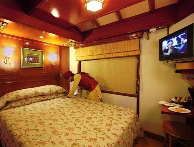 Maharajs Express deluxe cabin