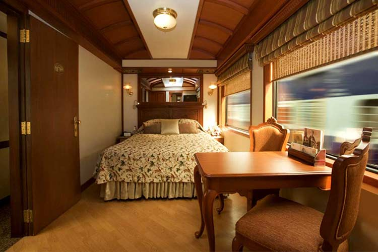 Maharajs Express Junior suite booking
