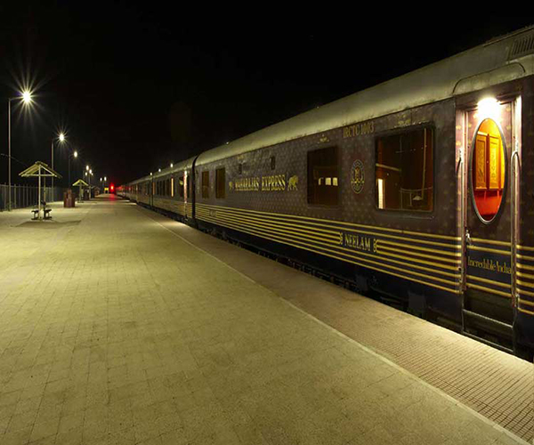 Maharajas Express Train Exterior photo Gallery