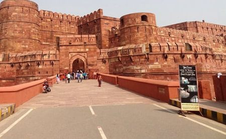 Red Fort, Agra tour in Maharajas Express