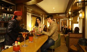 Maharajas Express Safari Bar