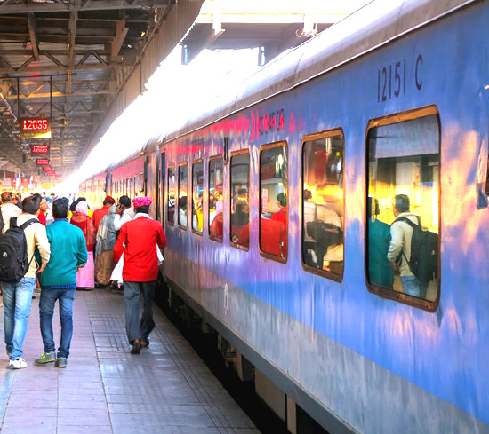 Private Taj Mahal & Agra Tour by Express Train from Delhi