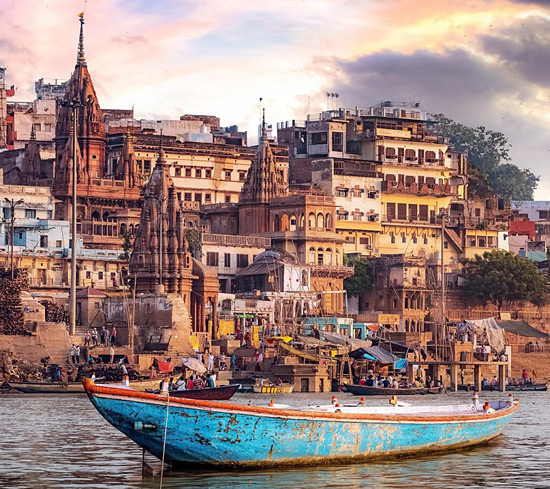 2 Days Varanasi Sightseeing Tour with 3 Star Hotel, Guide & Transfers