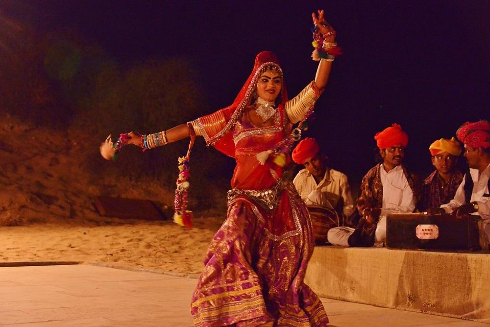 Folk Dance at Jaisalmer Sand Dunes