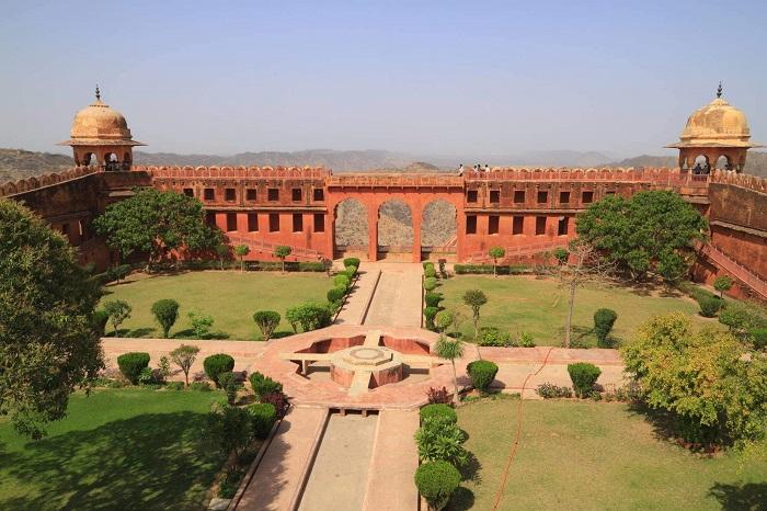 Jaigarh Fort, Amer Jaipur