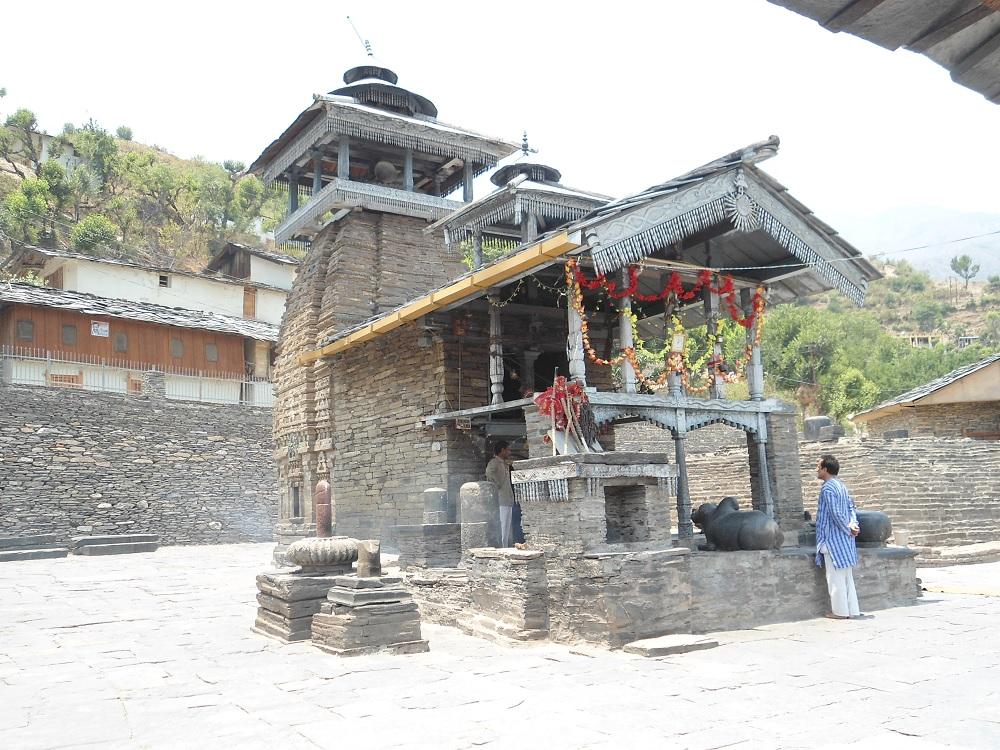 Lakha Mandal Shiv Temple