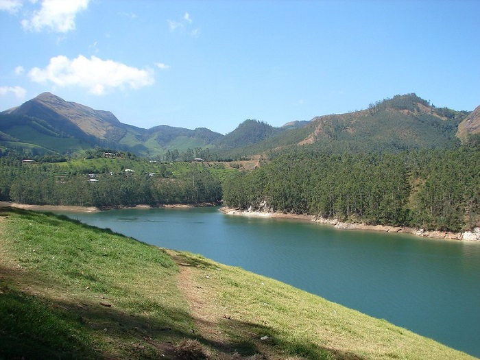 Mattupetty Lake, Munnar