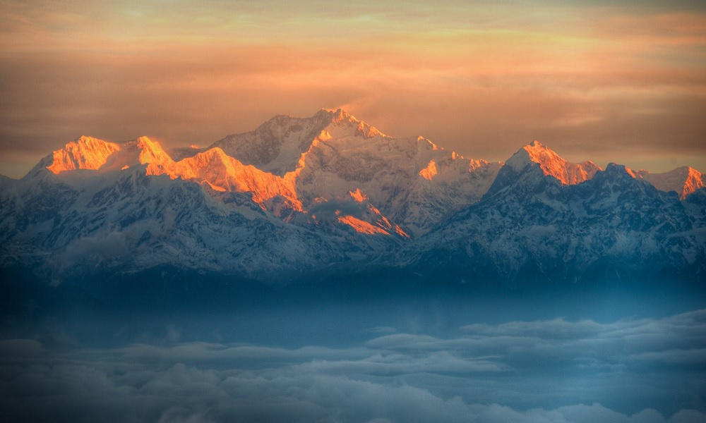Sunrise at Tiger Hills Darjeeling