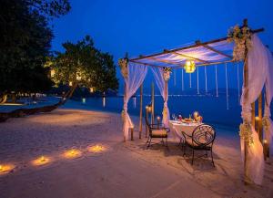 4 Nights 5 Days Andaman Honeymoon Tour - Itinerary, Sightseeing