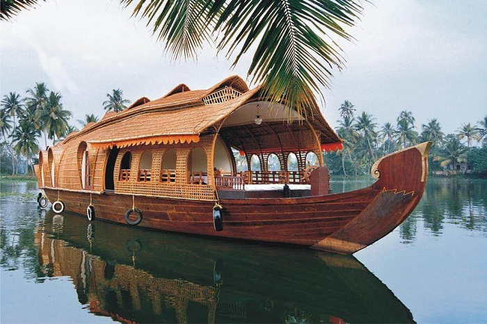 Alleppey Houseboat Backwaters