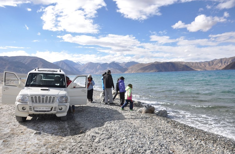 Jeep Safari Pangong Lake