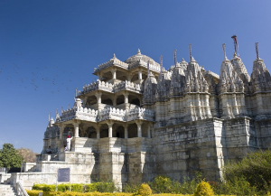 4 Nights 5 Days Mount Abu and Udaipur Tour Package from Ahmedabad
