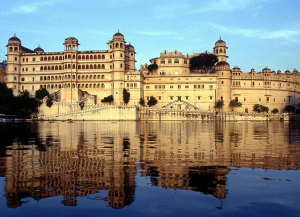 4 Nights 5 Days Mount Abu Udaipur Tour from Delhi