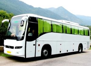 Nainital Tour from Delhi with Volvo Bus