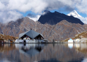 7 Nights 8 Days Valley of Flowers and Hemkund Sahib Trek from Mumbai