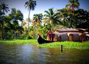 Delhi Agra Jaipur with Kerala Tour – 14 Days Golden Triangle with Kerala Beaches