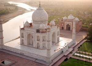 4 Nights 5 Days Exclusive Taj Mahal Tour from Delhi with Jaipur