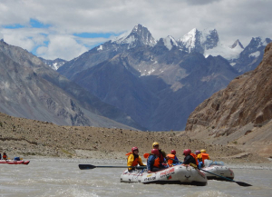 14 Days Ladakh River Rafting Tour | River Rafting Leh Ladakh