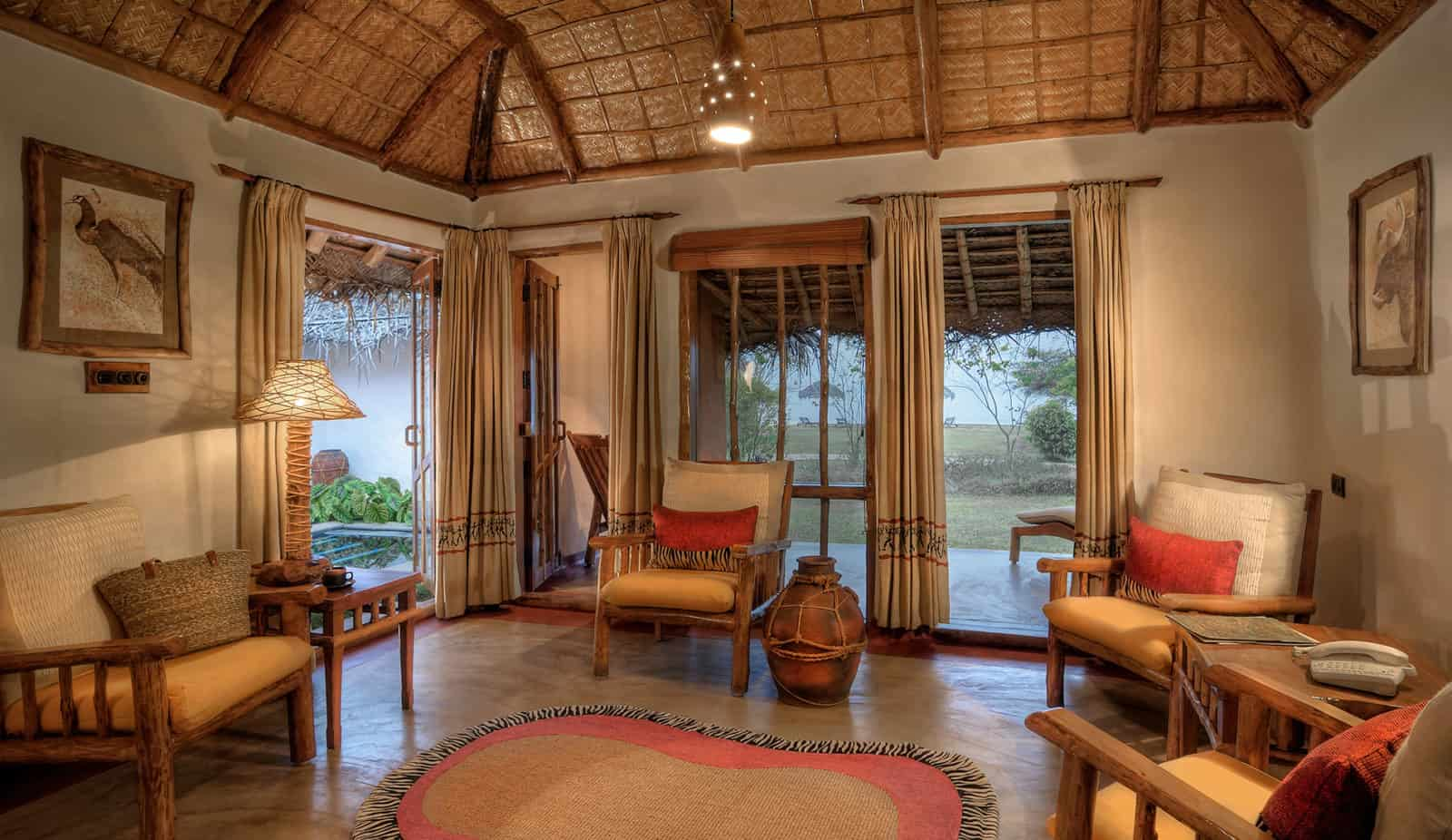kabini-jacuzzi-hut-living-room
