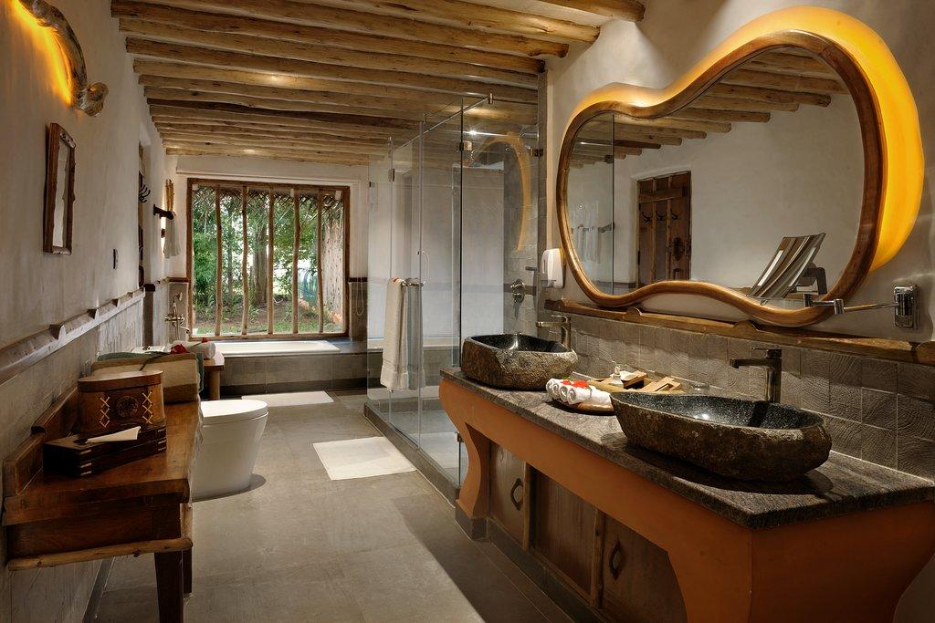 poolreserve-bathroom