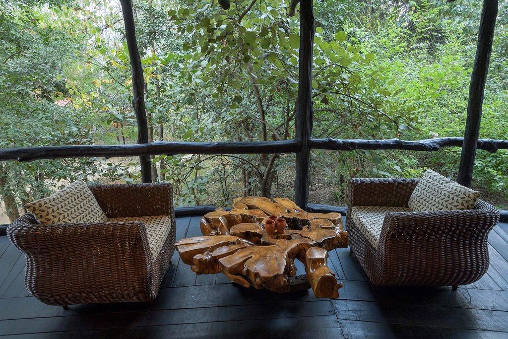 treehouse hideway living
