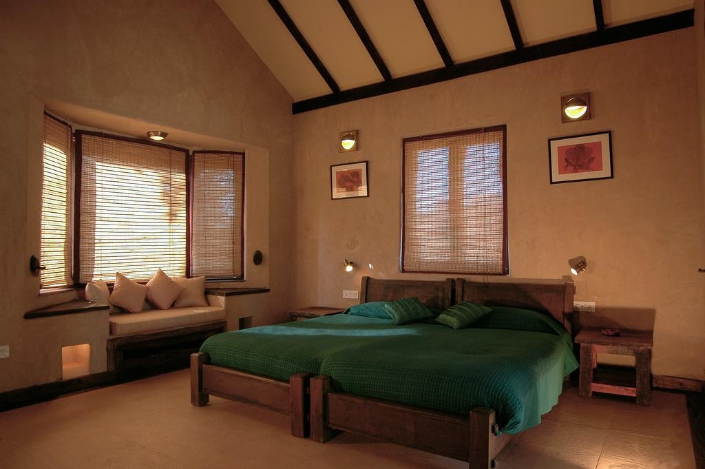 Kings Lodge Bandhavgarh Cottage Bedroom