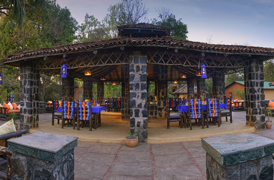 Nature Heritage Resort restaurant3