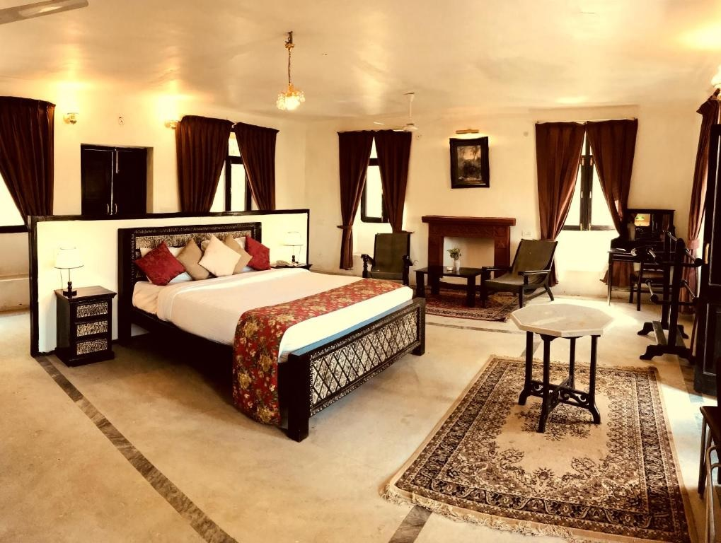 Infinity Resorts Bandhavgarh Pavilion Bedroom
