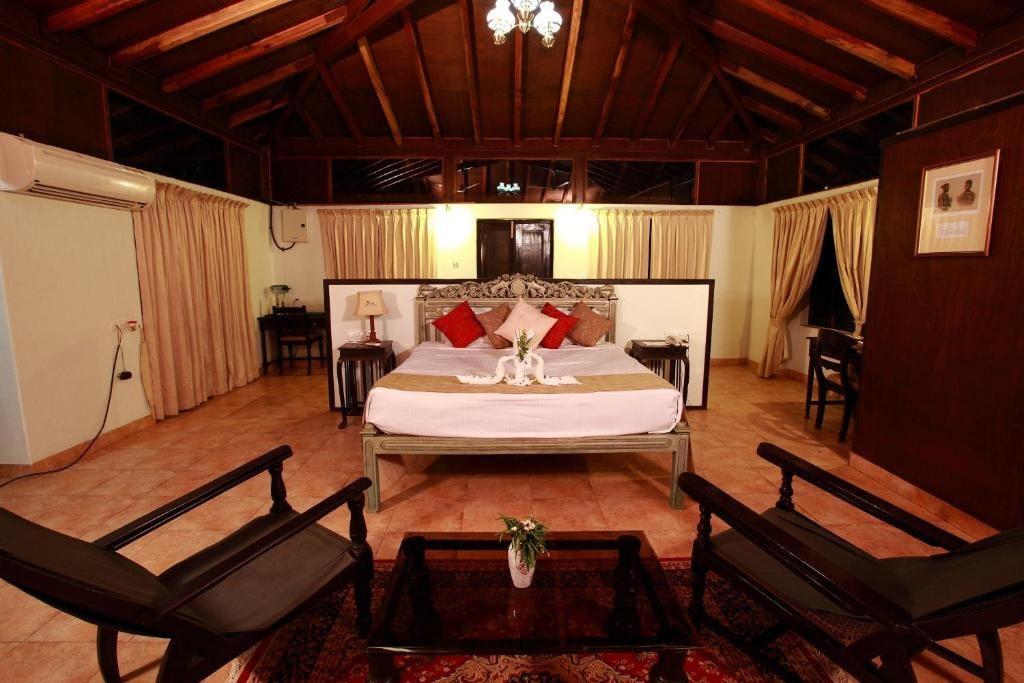 Infinity Resorts Bandhavgarh Villa Bedroom1