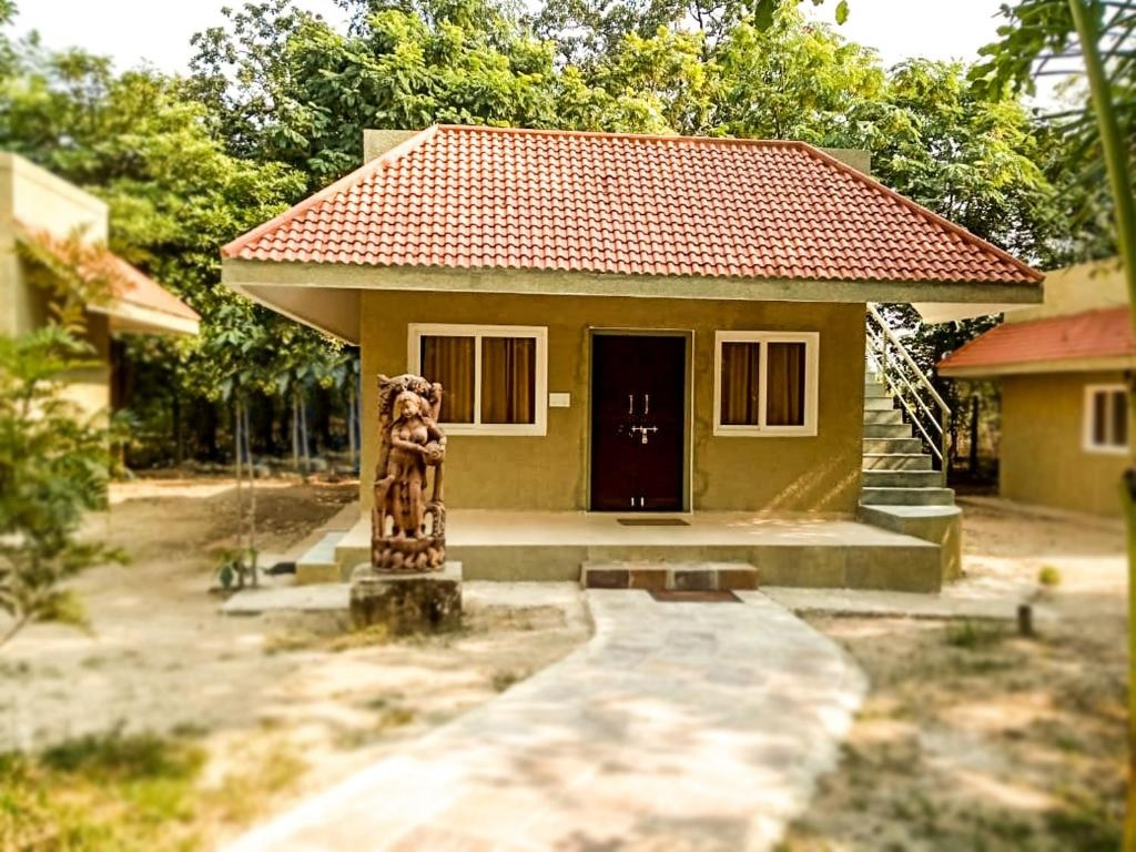 Syna Tiger Resort Bandhavgarh Cottage2