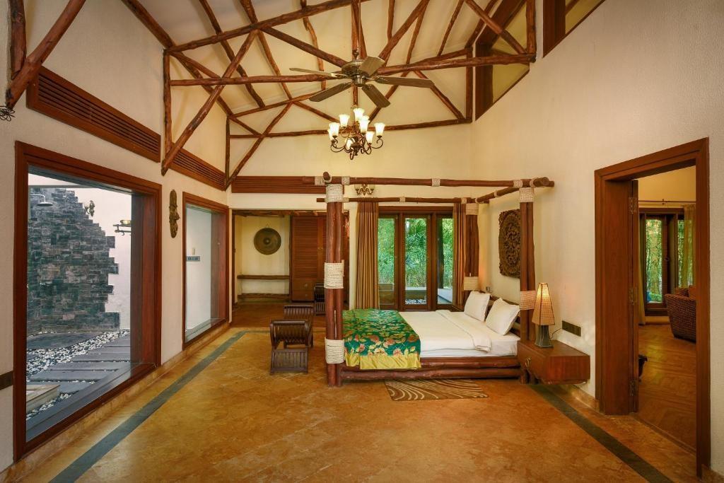 Syna Tiger Resort Bandhavgarh Suite1