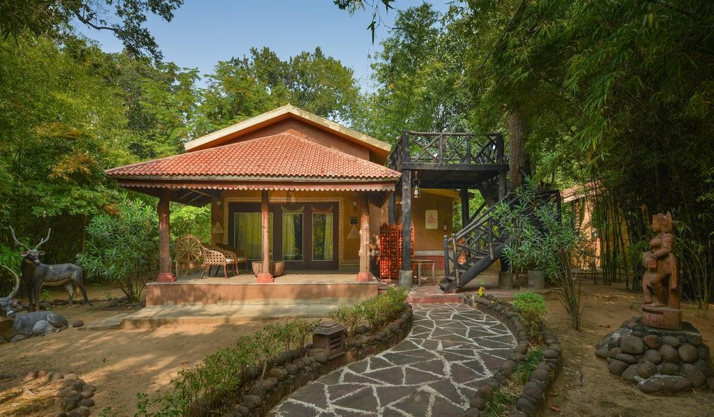 Syna Tiger Resort Bandhavgarh Suite2