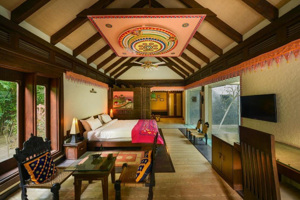 Syna Tiger Resort Bandhavgarh Theme Based Cottage